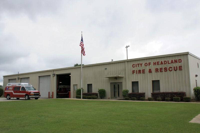 headland-fire-ems-building-1-800x533